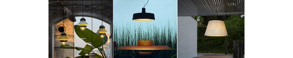 Acheter des lampes à suspension extérieur en ligne? Découvrez notre large gamme des luminaires!